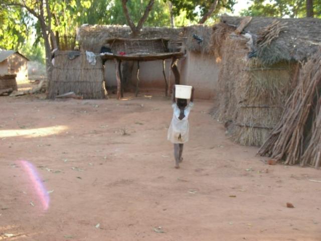 images-thumb_wi6yCgO1kzBou8xaZ4_Malawi_071.jpg